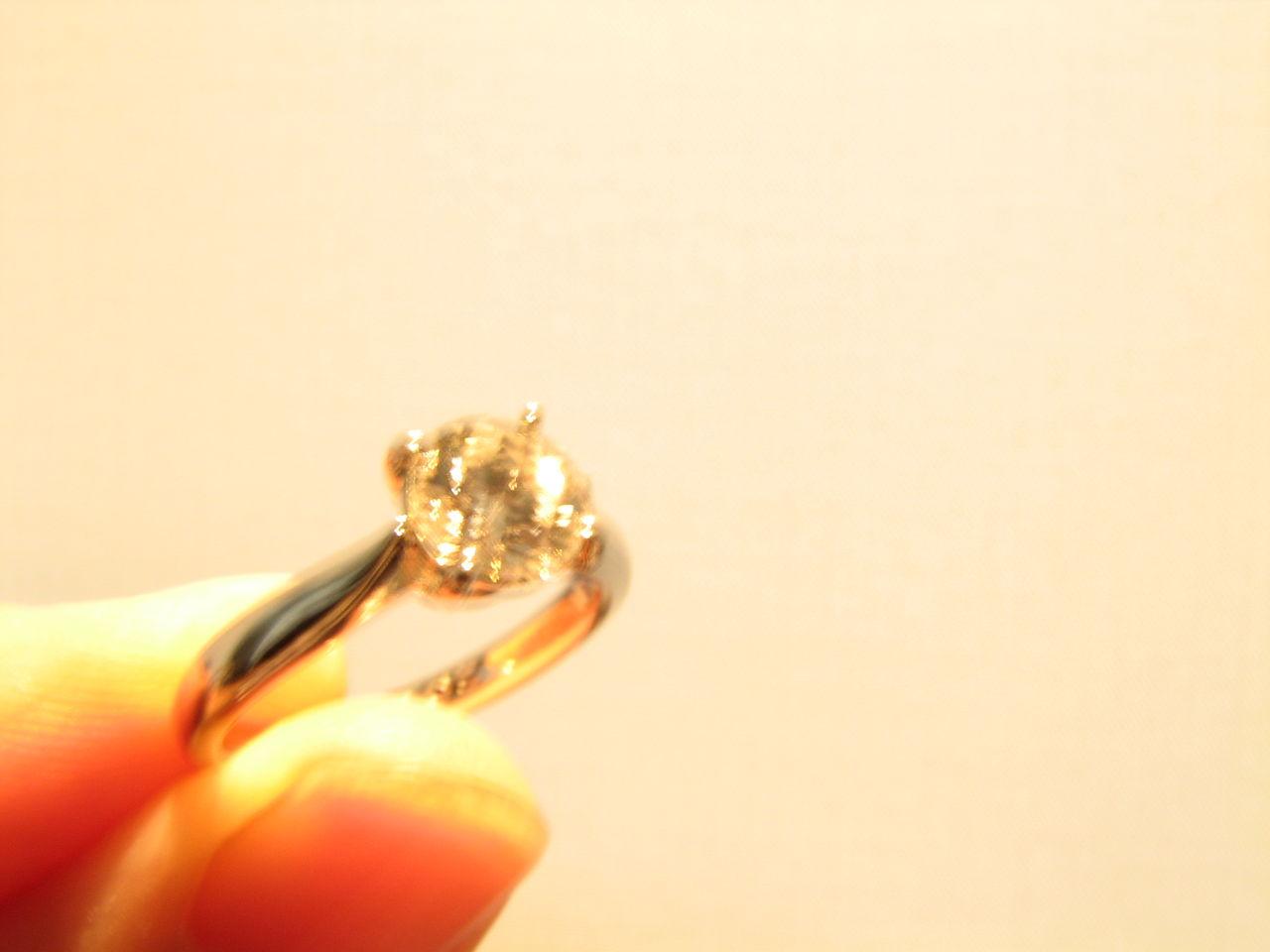 ダイヤモンドと一生癒えない傷 夫は両方くれました